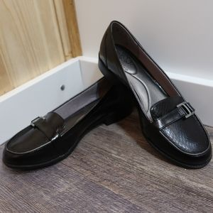 Life Stride Kelly Black Loafers